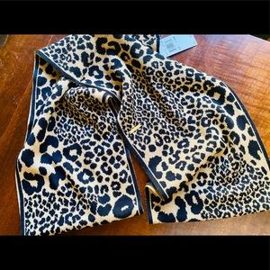 NEW MICHAEL KORS LEOPARD PRONT SCARF